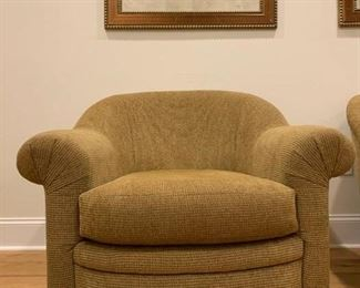 Swivel Armchairs from the California Design Center. Find the FULL LISTING, Prices and MAKE AN OFFER, on our website, www.huntestatesales.com
