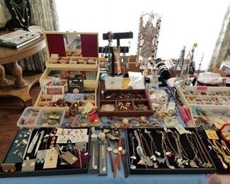 Jewelry Items / Necklaces / Bracelets Earrings