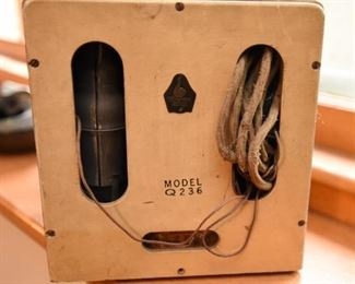 Item 45: Emerson Snow White Radio  $575    Paint shows wear. It appears to have the original cord. I did not plug it in due to the amount of dust visible on the interior.