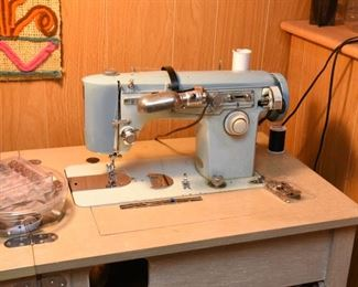 ITEM 130: Vintage Brother Sewing Machine in Table  $95
