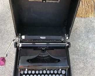 """Vintage 1936 RoyaL TYPEWRITER PORTABLE IN CASE Beautiful antique Royal Model """"O"""" typewriter in great condition. $300  This one is a true survivor and shows minimal signs of use and wear (see pics please) Types beautifully and needed no adjustment during my bench inspection prior to listing here on ebay.  I always recommend a fresh ribbon for any vintage typewriter.  Comes in the rare original carry case.  See photos--overall a stunning example. These are tough to find in this kind of condition."""