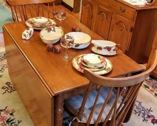 Maple Droop Leaf Table & 6 Chairs