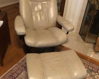Stressless leather chair and ottoman
