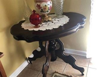 Walnut Turtle Top Victorian Table - $350