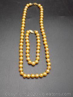 Gold Toned Cultured Pearl Necklace Bracelet