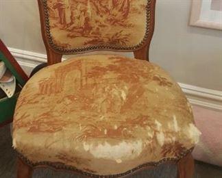Chair DeLanois Louis XV - Antique Victorian Chair - silk with dark wood trim -