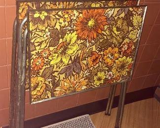 * Vintage TV Tray Set