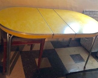 * Pretty Cool Yellow Mid Century Modern Table