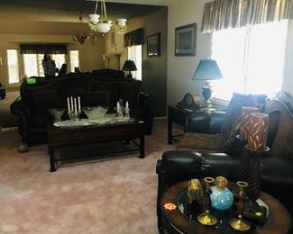 Leather sofa set. Perfect condition