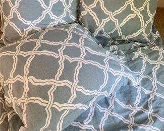 Pottery Barn king duvet 3 oversized pillows