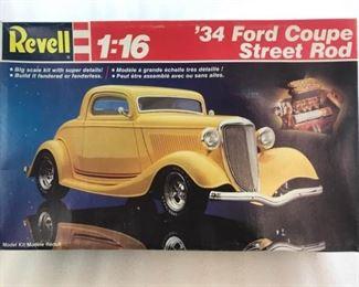 Revell 34 Ford Coupe Steet Rod 116 Model Kit