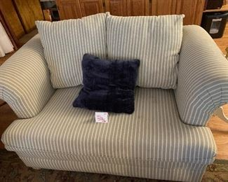 """#8 - $150 - Sealy Sleeper Loveseat - 58""""W x 38""""D x 36""""H (to back of chair) x 19""""H (to seat)"""