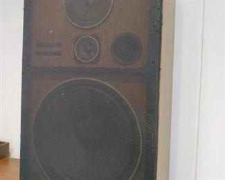 pair pioneer speakers