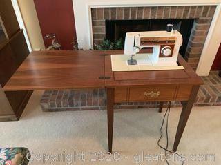 Singer 6105 Sewing Machine