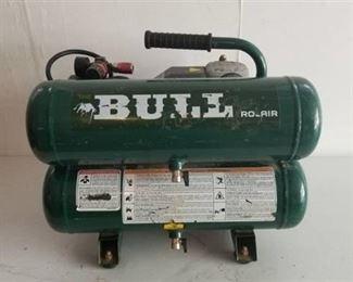"Rolair Portable Air Compressor ""The Bull"""