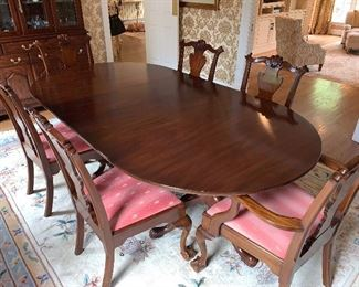 """Henkel Harris Dining Room Table.  Includes 3 leaves and pads.  7'8""""x4' Also includes 6 side chairs and 2 arm chairs $6500 in Great condition"""