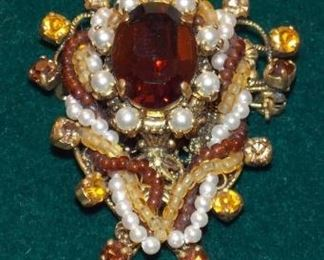 #5 Vintage Brooch amber with pearls all stones intact good clasp. 2.5x2 Go to Tas-Estate-Sales.com to purchase.