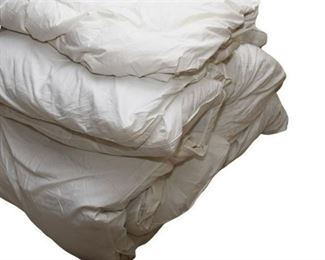 6. Group Lot Of Bedding