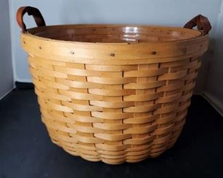 Vintage 1996 Longaberger Large Round Basket 13.5x9 Inches