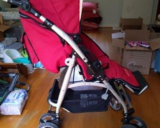 Bumbleride Stroller with attachments https://ctbids.com/#!/description/share/416439