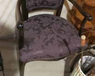 $85.00 Vintage Purple & black side /accent/Parlor chair