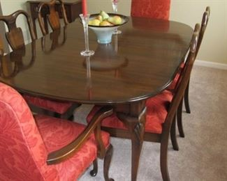 "$800.00 Harden Dining table, chairs and 2 8"" leaves"