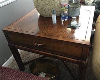 $75.00 Henredon Oak table  bamboo style legs 24 x 28 x 28 and the lamp is $15.00