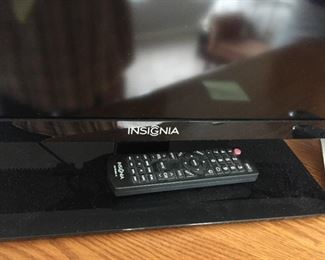 "$55.00 40"" Insignia non smart tv  w/remote"