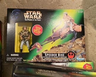 Power of the Force Speeder Bike with Leia Organa Endor Gear - Kenner