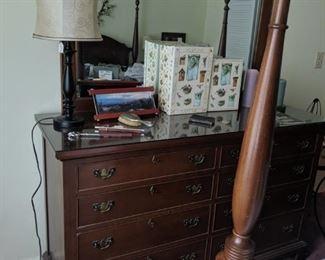 Craftique Dresser w/Mirror $600