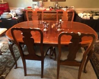 $540  Table with 2 separate Leaves and 6 Chairs