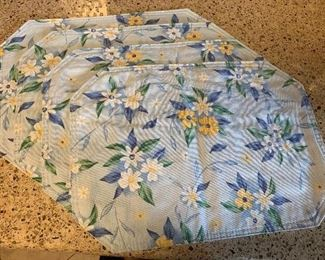 v14- 4 cloth placemats $3