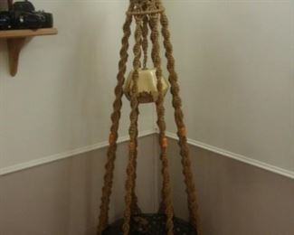 Macrame lamp and table