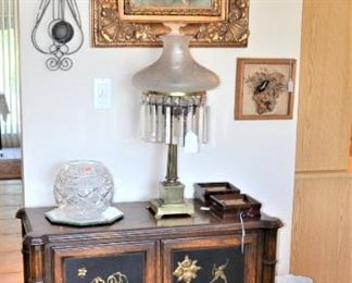 ORIENTAL STYLE CHEST, ANTIQUE BRASS OIL/ELECTRIC LAMP, PRETTY FRAMED ART, UMBRELLA STAND, LARGE ROSE BOWL