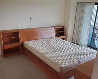Queen Size MCM Bedroom Set