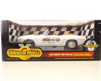 1:18 Ertl American Muscle 1969 Camaro Indy Pace Car