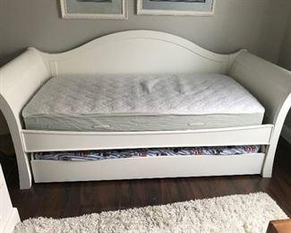 KG Stanley Bed