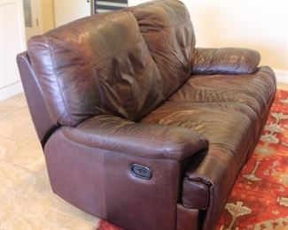 """#10.  $100.00  Electric Leather sofa Note...spring needs to be repaired 67"""" W X 40"""" D X 37"""" H"""