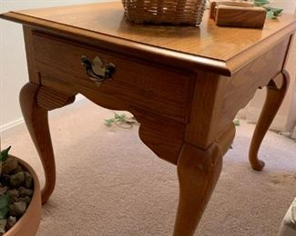 """Pair of Broyhill Oak End Table 22""""W x 27""""D x 23""""H!"""