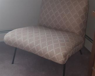 $40, Vintage MCM chair VG condition