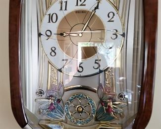Many Collectible Wall Clocks, Chime Clocks SOLD