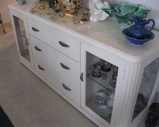 Thomasville Buffet/Display Cabinet...