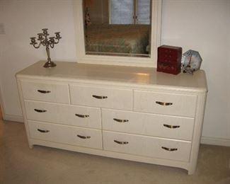 Thomasville Dresser and Mirror...