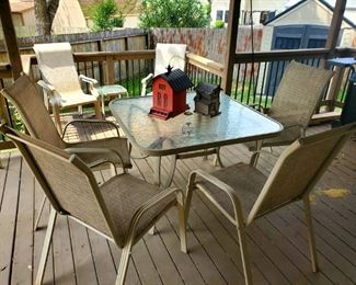 Patio Table w/ Four Chairs