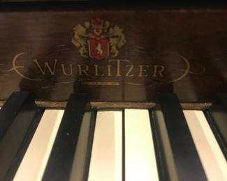 $200  PIANO (2/2 pics) Werlitzer piano, detail