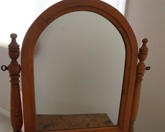 Mirror , dresser top.  Good condition.  $50.  Will consider reasonable offers.
