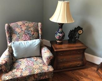 Solid wood end table or nightstand, 2 side chair.