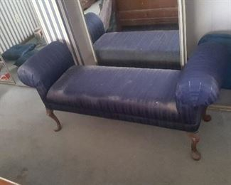 5.  NEEDS TO BE REUPHOLSTERED $40