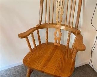 2 arm chairs with set of 8