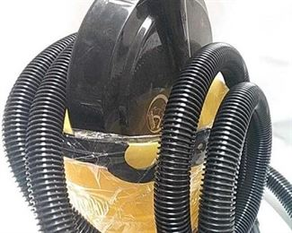 https://connect.invaluable.com/randr/auction-lot/pet-buddy-wet-dry-pet-vac-new-as-seen-on-tv_02645CDAD9